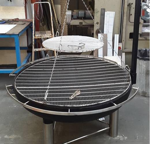 round swinging stainless steel bbq